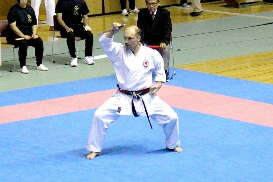 Мастер спорта по карате, золотой призер 1-го Международного турнира «Okinawa Karate Kobudo» Алексей Груздев. Фото: сайт Karate.ru
