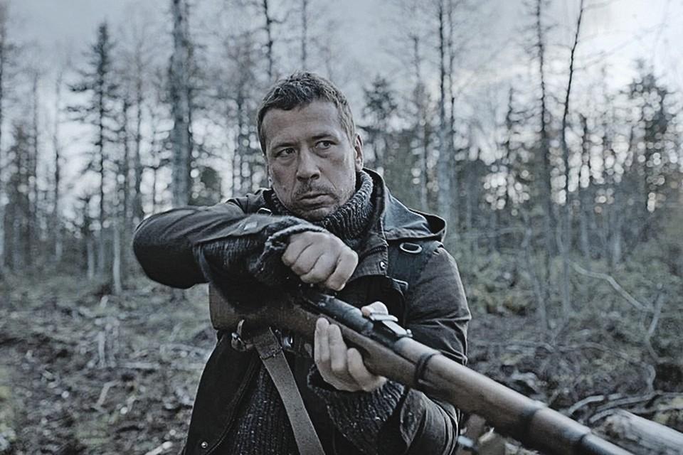 Андрей Мерзликин в сериале «Территория». Фото: Кадр из фильма
